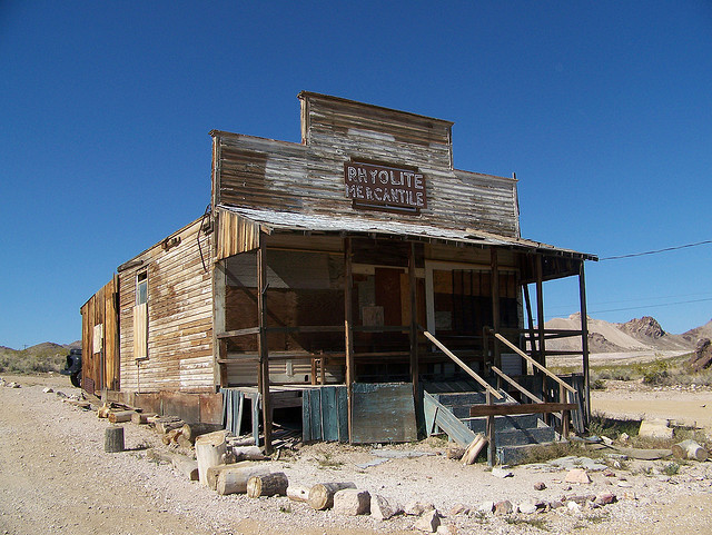 picture of abandoned building in Rhyolite, Nevada
